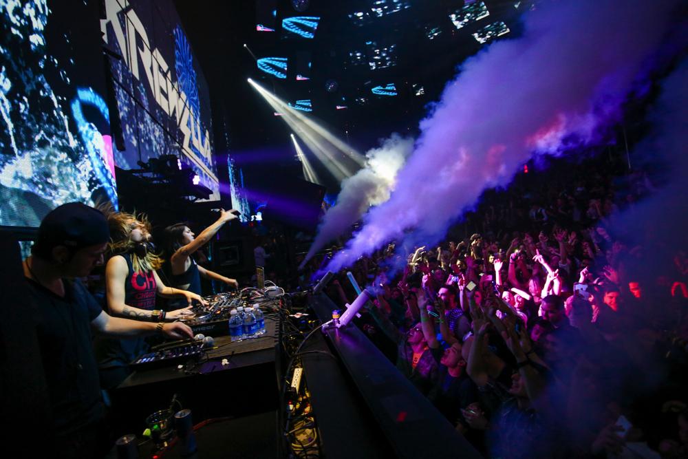 Recap krewella s holiday party at the light nightclub on dec 18 electronic vegas - Licht nightclub ...